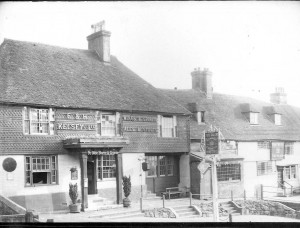 Star & Crown, Lloyds Bank & the Eight Bells